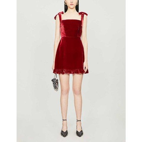 红丝绒裙子