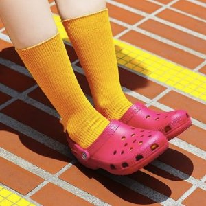 额外5折 $34收毛绒款24小时闪购!Crocs 官网精选舒适洞洞鞋特卖