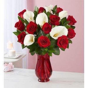 红玫瑰+百合花束带红色花瓶