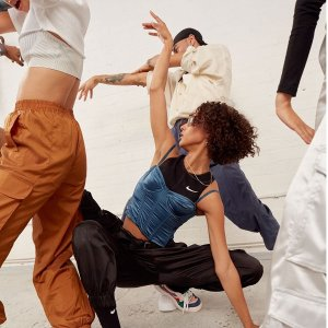 Up to 50% OffNordstrom Rack Women Activewear Clothes Sale