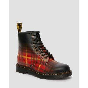 Dr. Martens英伦格纹马丁靴
