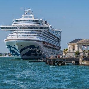 $929起 穿越巴拿马运河公主游轮10天行程 牙买加+哥伦比亚+巴拿马+哥斯达黎加+开曼