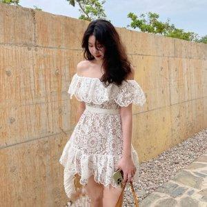 5折起+额外7折 €147收纯白连衣裙Self-Portrait 仙女裙折扣进行时 约会度假必不可少 出去你最亮眼