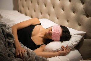 $11.78 (原价$16.18)Grace & Stella 理疗睡眠眼罩  可治疗干眼症,偏头痛等