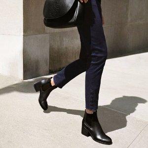 最高享7折 新款裸踝靴直减$100Tory Burch官网 长靴、短靴热卖 秋季必备款