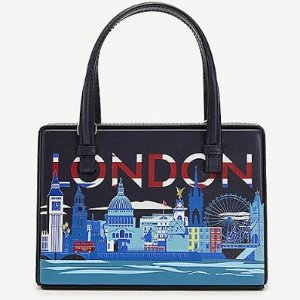 £1750入伦敦、马德里、巴黎涂鸦包包Loewe Postal Bag 城市系列上线 带着它去探索世界