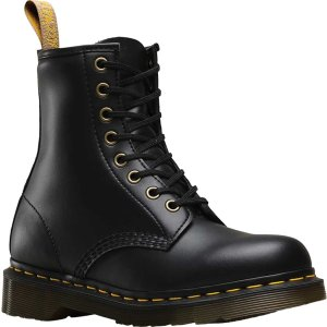Dr. Martens1460 8-Eye Boot