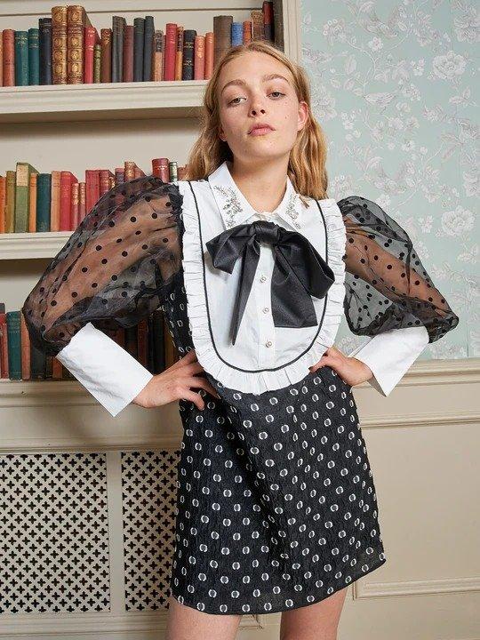 黑色蝴蝶结连衣裙