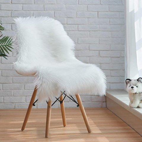 Ciicool Faux Sheepskin Rugs 2x3 Feet