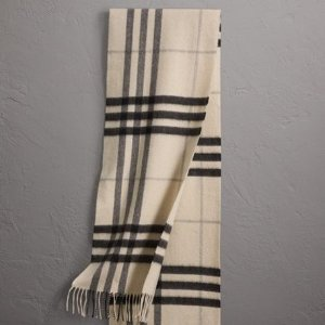 Dealmoon Exclusive $218 (Org.$390)Last Day: Burberry Scarves Sale @ JomaShop