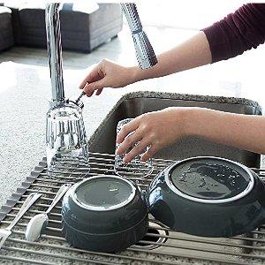仅需€17.99厨房水槽用沥水器 可折叠 易于收纳 还可用作隔热垫哦