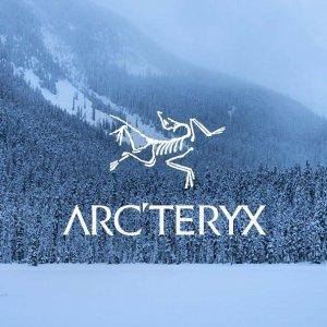 低至5.5折 收各色冲锋衣黑五捡漏:Arc'teryx 始祖鸟少见折扣 $153收超轻羽绒服