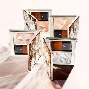 Up to $400 OffCle de Peau Beaute Beauty Purchase @ Bergdorf Goodman
