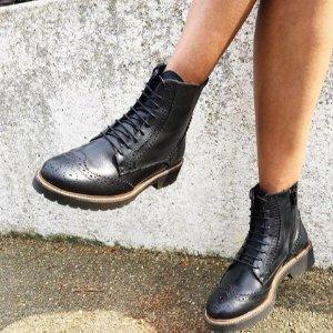 靴子一律£50收Shoeaholics 鞋履折扣网站闪促 收冬日必备百搭小黑靴