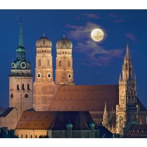 慕尼黑夜间城市导览低至€10每人 打开手电来一场深度文化体验之旅
