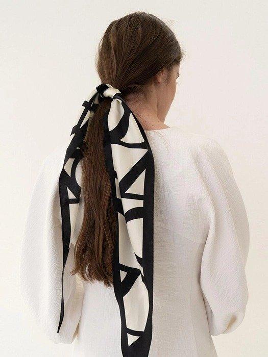 黑白印花丝巾