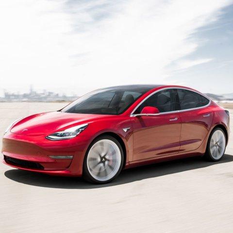 Tesla表现不错 但还有更优秀的省钱才是硬道理 哪台电动车价格/续航性价比高