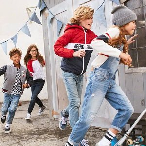 40% Off Select Styles & 20% Off Clearance@ abercrombie kids