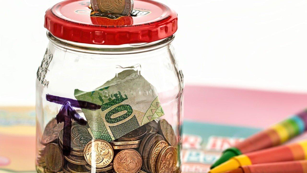 信用卡小贴士:太棒啦!无年费,吃饭买菜加油网购还有5.25%返现!?
