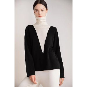 黑白拼接高领毛衣