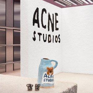 4折起 T恤$70/2件Acne Studios 牛仔裤、经典卫衣 收封面小熊毛衣
