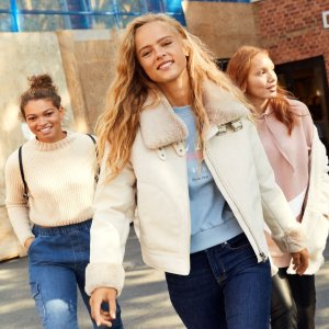 Members Get 10% OffH&M Late-Fall Essentials Clothing New Arrivals $10+ Get Boots