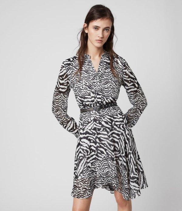 斑马纹连衣裙