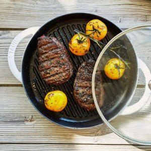 "StaubSteam Grill, 10½"" | Sur La Table"