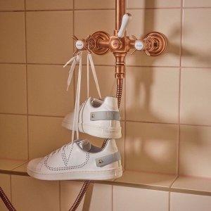 $715(原价$842)免邮Valentino 高人气款式小白鞋码全 情侣鞋姐妹鞋收起来