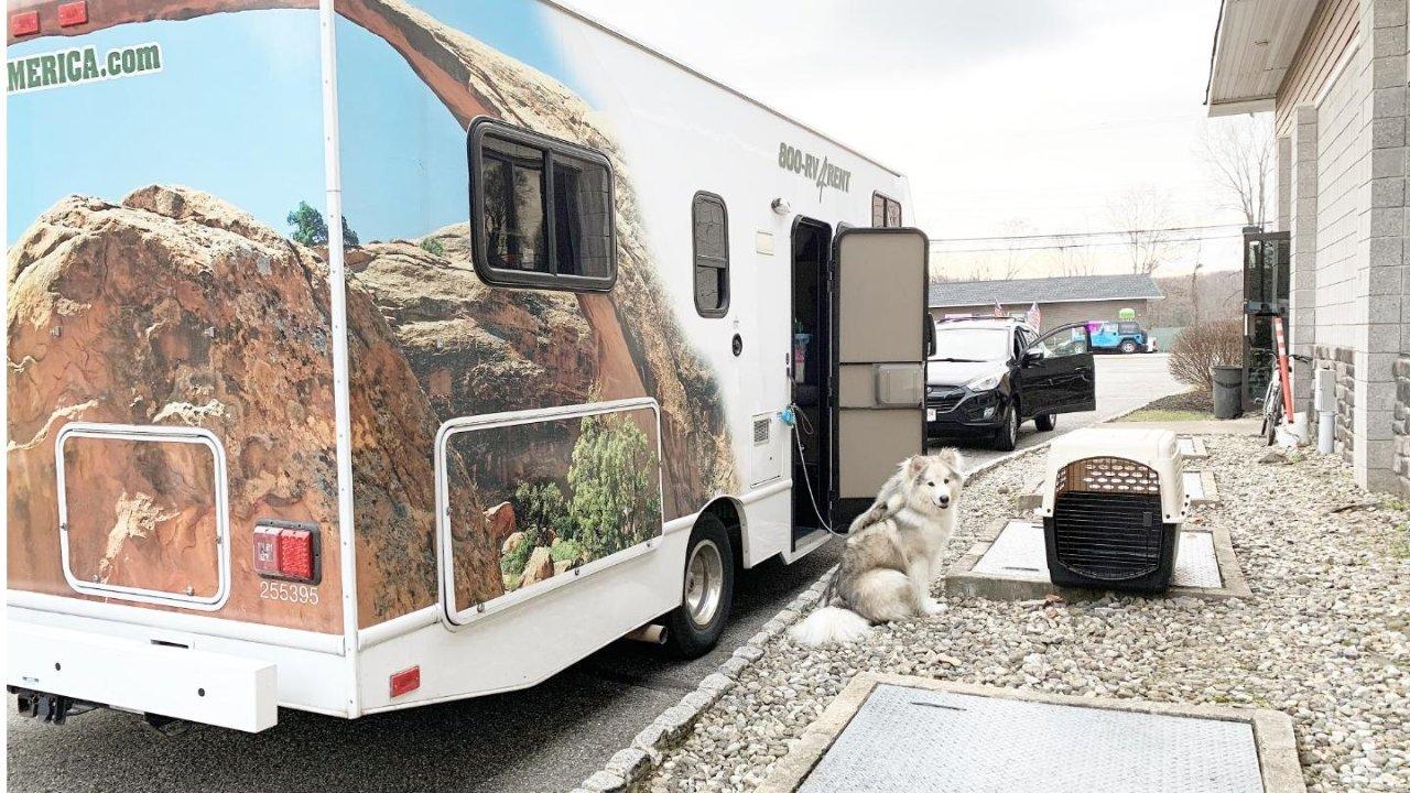 北美租RV房车最全攻略+带狗(大型)+旺季/淡季|带着小房子和狗儿子周游世界