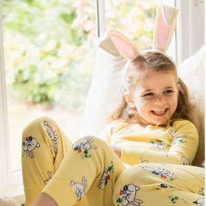 Up to 50% OffAll Easter @ Hanna Andersson