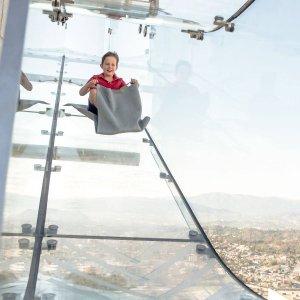 toursforfun【电子票】洛杉矶OUE Skyspace:加州露天观景台、360度洛杉矶全景、互动式体验(可升级体验悬空玻璃滑梯)
