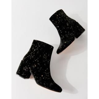 $79UO Women Shoes Restock
