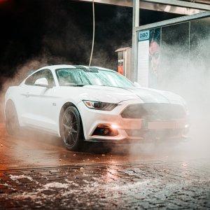 精致洗车+保养抛光