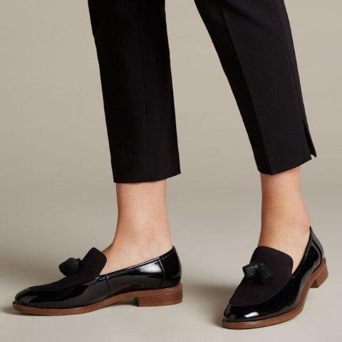 正价商品无门槛8折黑五开抢:Clarks 全场大促 超值价收英伦经典鞋