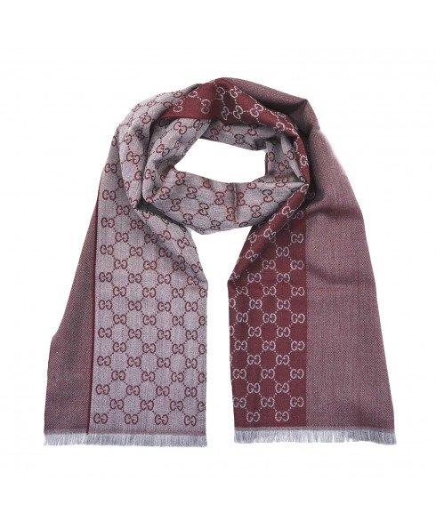 酒红色羊毛围巾