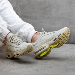 5折 $117.99(原价$235)Nike Air Max Tailwind IV SP 男生运动鞋促销 码全