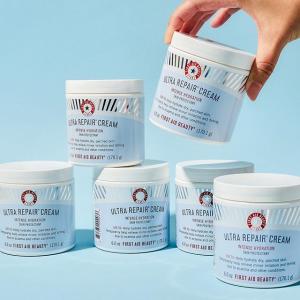 无门槛6.7折 £6.7收急救面霜First Aid Beauty  敏感肌安心品牌近期最好加 入唇膏、保湿精华