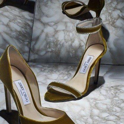 丝绒一字带高跟鞋
