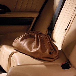 无门槛8折 £352收云朵包Bottega Veneta 惊喜大促  云朵包、枕头包都在线