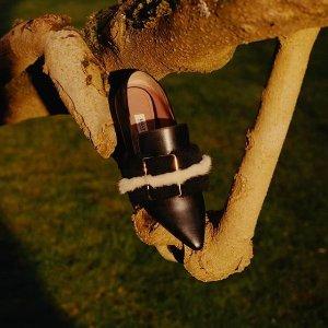精选8折 姚晨同款£376 热巴同款£224最后一天:Bally官网  精选乐福鞋、穆勒鞋春季大促 经典款码全速抢