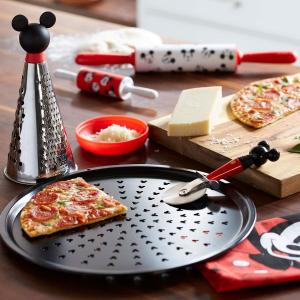低至5折 儿童吸管杯$4.99起迪士尼官网 厨房用具、儿童餐具、水杯等优惠