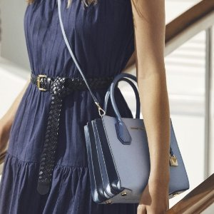 Up to 70% offUp to 70% off Mercer handbags Sale @Michael Kors