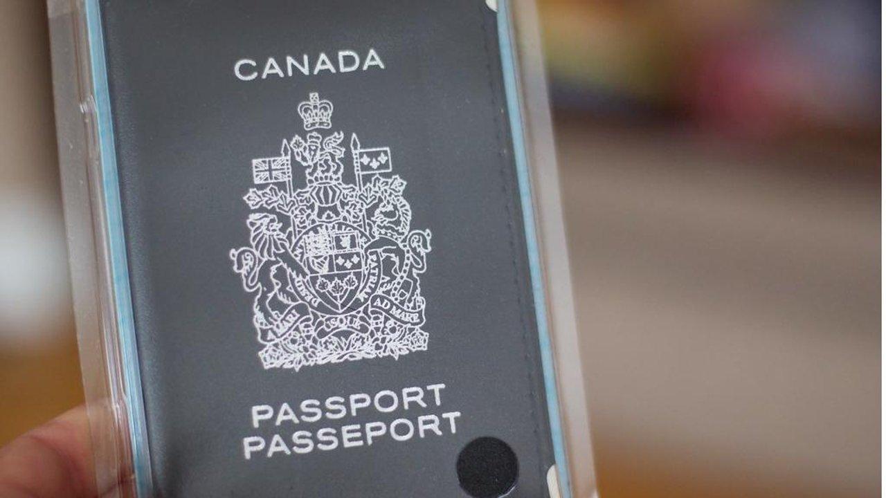 手把手教你如何入籍加拿大:申请人标准是什么、申请资料有哪些,看这一篇就够了