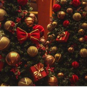 最高立减$750 圣诞树$7起Lowe's 圣诞树/装饰物热促 趁着好价为2021年圣诞囤颗树吧