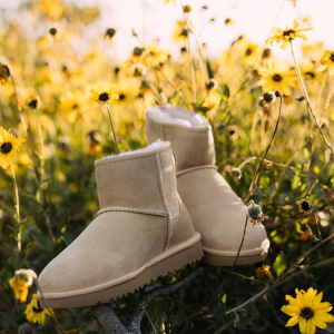 Up To 60% Off + Free Care Kit with $175+ PurchaseUGG Australia Clothing and Shoes Sale