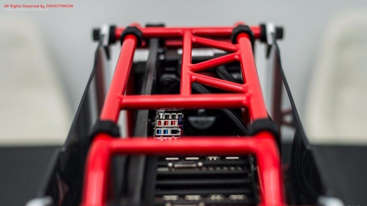 颜值说话,过气配件也能玩出发烧的心【红铝游戏主机D-Frame】
