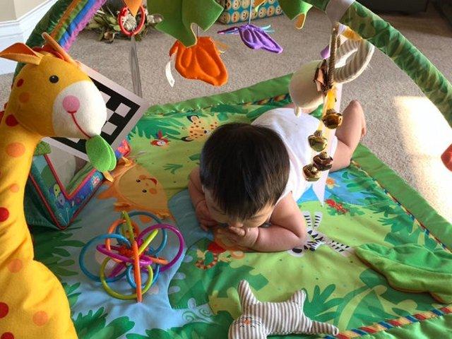 0-6月宝宝益智玩具及日用必备神器推荐