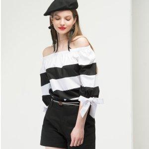 额外4折 $17入手封面款一字肩上衣FEW MODA官网 全场美衣优惠促销,新款、特价区参加