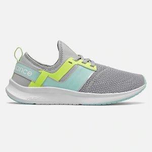 New BalanceNergize Sport 女鞋